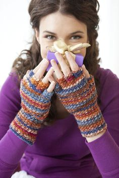 Gifty Gloves | crochet today have to purchase mag to get pattern but this is what I'm looking for provided it is no sew