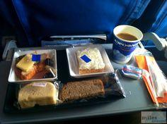 Essen an Bord auf dem Flug nach Moskau - Check more at https://www.miles-around.de/trip-reports/economy-class/aeroflot-boeing-767-300er-economy-class-budapest-nach-moskau/,  #Aeroflot #avgeek #Aviation #Boeing #Boeing767-300ER #BUD #EconomyClass #Flughafen #Moskau #SVO #Trip-Report