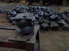Fabricación de arandelas cuadradas  espeiales