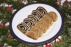 Karácsonyi diós, mákos bejgli vastag töltelékkel: nem reped, és szép márványos lesz - Recept | Femina Minion, Yummy Food, Cookies, Ethnic Recipes, Desserts, Dios, Crack Crackers, Tailgate Desserts, Deserts