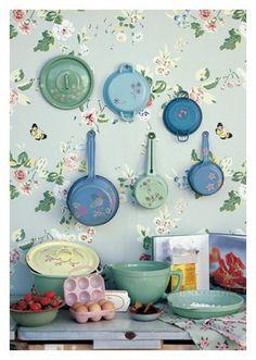 blue floral kitchen - so sweet!