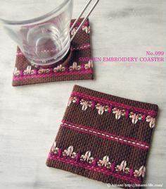 スウェーデン刺繍のコースター