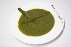 Crema de espinacas y espárragos. Platos Vegetarianos. www.restauranteespadana.es