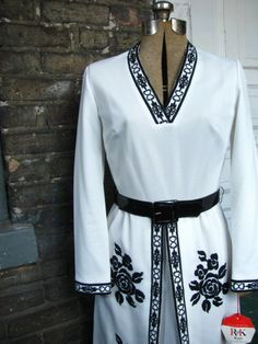 vintage 60's black and white mod brocade dress from www.etsy.com/shop/aNewLifeForYou