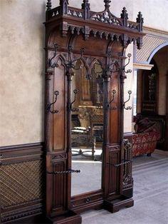 Old World, Gothic, and Victorian Interior Design: More Old World interior