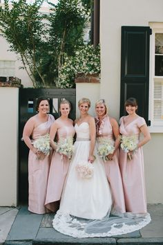 Photography: Caroline Ro - www.carolinero.com/  Read More: http://www.stylemepretty.com/2014/10/23/classic-charleston-wedding-with-shades-of-pink/
