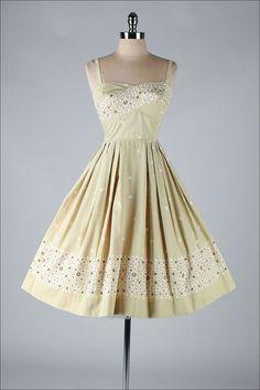TORI RICHARD vintage 1950s dress #partydress #vintage #frock #retro #teadress #romantic #feminine #fashion #promdress #petticoat