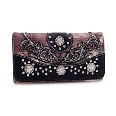 Realtree® Embroidered Tri-fold Wallet with Turquoise Studded Concho - fashlets.com