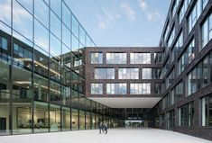 Completed in 2015 in Ratingen, Germany. Images by HG Esch Photography. The architectural conception of the new construction of the head office of Mitsubishi Electric Europe is based on the target of connecting different...