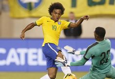 Brazil 1-0 Ecuador: Willian strike enough for Selecao