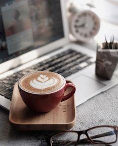 The Rancilio Silvia Espresso Machine Makes Coffee Time At Home Wonderful Coffee And Books, I Love Coffee, Coffee Break, Morning Coffee, Night Coffee, Black Coffee, Coffee Latte Art, Coffee Cafe, Coffee Drinks