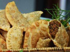 Pastel de carne (recheio) - http://www.receitasbrasileiraseportuguesas.com/pastel-de-carne-recheio/