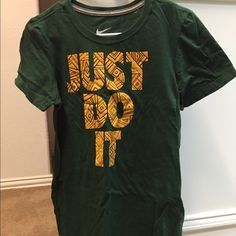 NWOT! Nike green shirt Nike t-shirt. NWOT. size L slim fit. Price firm unless bundled Nike Tops Tees - Short Sleeve