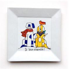 Assiette décorative • Si bien ensemble • Chiens - peinte à la main par l'artiste peintre Isabelle Malo http://www.isamalo.com