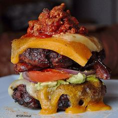 We used up the last of our 5280 Pork™ Chorizo sausage chili and made some cheesy, chili, bacon, guac burgers!! We seasoned our 5280 Beef® Hamburgers with @flavorgod Everything seasoning, added guac, tomato, red onion, melted cheddar & pepper jack cheese, our 5280 Pork™ Smoked Bacon and our chorizo chili. So tasty!