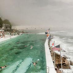 Bondi Haze  Irenaeus Herok's beautiful photos of haze over Australia's Bondi Beach