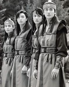 "20 Likes, 1 Comments - Park Seo Joon Gallery (@seojunstar1216) on Instagram: ""[Scan] Hwarang Photobook Source : http://imgur.com/a/r3AvN ©supernoona  #화랑 #화랑더비기닝 #박서준 #고아라 #박형식…"""