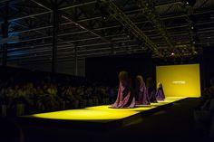 La espectacular coreografia de Zenda Dansa en el desfile de Jordi Dalmau en la Pasarela Barcelona Bridal Week 2013.