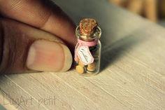 ♡ ♡ Tarro con pequeñas galletas para escala casa de muñecas