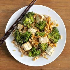 Tofu & Broccoli with Soba Noodles & a Spicy Peanut Sauce | Lorimer Kitchen