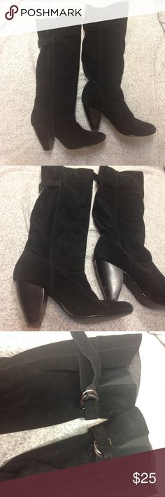 """Urban Outfitters Kimchi Blu real suede boots Kimchi Blu black suede genuine leather winter boots. Good used condition. Outer is in excellent condition. Minor scuffs at the back of stacked heel. Some wear only appreciated on the inner upper trim( which no one see) see last pic. Very cute and comfortable. Heel 3"""" Urban Outfitters Shoes Heeled Boots"""