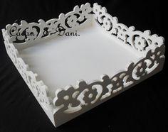 bandeja provençal Mais Acrylic Rangoli, Jaali Design, Cnc Cutting Design, Ramadan Gifts, Cnc Projects, Diy Signs, Wooden Signs, Trays, Wood Crafts