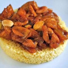 Esta receta de cuscús con pollo y especias es una de las recetas ganadoras de nuestro concurso de platos con pollo. La autora es Marina Román.