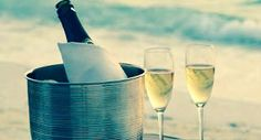 Casamento na praia, no PARADOR GAROPABA, o melhor restaurante à beira mar, na Praia de Garopaba - Santa Catarina. Frutos do mar, grelhados, massas, risotos, fondues, saladas e outras delícias gastronômicas com o mais belo visual.