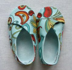 #Sewing: Baby Kimono shoes with pattern