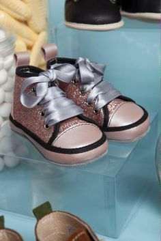 2cb0fd1d8519e  womaninbiz  wineoclock Check out our beautiful glitter trainers  handmade  in Italy  babyshoes
