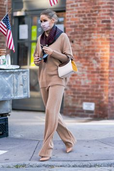Olivia Palermo Street Style, Olivia Palermo Outfit, Estilo Olivia Palermo, Olivia Palermo Lookbook, Classic Outfits, Cool Outfits, Vogue, Next Clothes, Winter Outfits