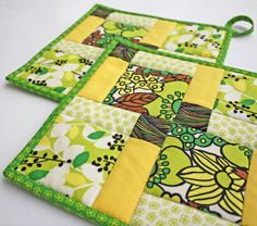 Pot holder  Disappearing Nine Patch  Handmade by TheMJCollection