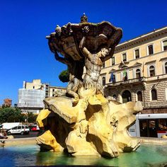 https://flic.kr/p/y8m2P4 | Lovely! #upsticksandgo #roma #rome #exploring #travel #travelingtheworld #tourist #michfrost #italy #italia #tourist #history #fountainoftritones