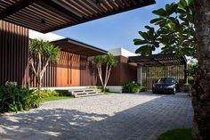 House with Enclosed Internal Garden - Six Ramsgate by Wallflower Architecture+Design - DigsDigs Design Garage, Exterior Design, House Design, Modern Exterior, Architecture Résidentielle, Contemporary Architecture, Contemporary Building, Contemporary Bedroom, Contemporary Design