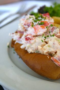 http://www.thrillist.com/eat/new-york/best-nyc-lobster-rolls Best Lobster Roll NYC - The 8 Most Essential Lobster Roll Spots in New York