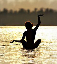picturepoetess:    beach, yoga