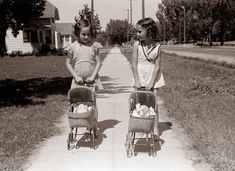 Old Photos of Girls and Their Dolls ~ vintage everyday