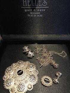 Vest-Agder bunad | FINN.no Diamond Earrings, Vest, Jewelry, Jewlery, Jewerly, Schmuck, Jewels, Jewelery, Diamond Drop Earrings