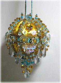 beaded-christmas-ornaments
