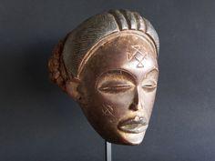Mwana Pwo mask, Chokwe, Angola