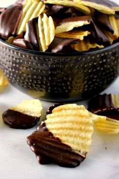 Chocolate Covered Potato Chips | www.pumpkinnspice.com