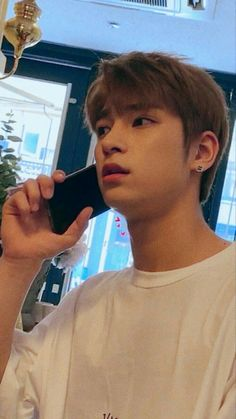 Rose Daily life Jaehyun with Rose # Fiksi penggemar # amreading # books # wattpad Cute Boys, My Boys, Fandom Kpop, K Pop Star, Thing 1, Reaction Pictures, Kpop Boy, Boyfriend Material, Jaehyun