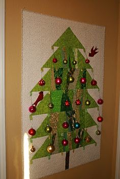 Buzzing and Bumbling: Quilted Christmas Tree Wall hanging -- what a fabulous idea!