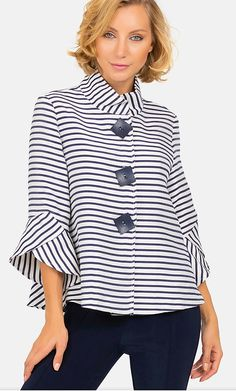Off White Jacket, Striped Jacket, Blouse Styles, Blouse Designs, Mode Outfits, Casual Outfits, Joseph Ribkoff Dresses, Trendy Tops, Jacket Style