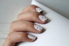 Newspaper Nails!