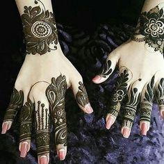 Finger Henna Designs, Arabic Mehndi Designs, Hena Designs, Henna Tattoo Hand, Foot Henna, Henna Sleeve, Mehndi Design Pictures, Mehndi Images, Henna Stencils