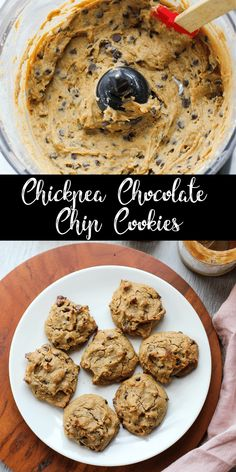 Healthy Dessert Recipes 327285097922986164 - These chickpea chocolate chip cookies are soft and fluffy with just the right amount of sweetness. No one will ever guess these cookies are made with garbanzo beans instead of flour! Chickpea Chocolate Chip Cookies, Chickpea Cookies, Chickpea Brownies, Garbanzo Bean Cookies, Chickpea Flour Pancakes, Garbonzo Beans, Garbanzo Bean Flour, Chocolate Hummus, Chickpeas