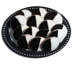 We offer the best traditional New York City Black and White Cookies. A delicious, classic tasty treat. Black And White Cookies, Cheap Meals, Qvc, Yummy Treats, Tasty, Frugal Meals, Inexpensive Meals, Low Budget Meals