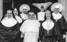 27 Fascinating Photos of Pre-Vatican II Catholicism