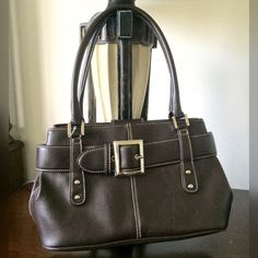 💜St. John's Bay Brown Handbag Brown Leather handbag.  Fabric lining.  Good condition. Button closure.  Can be worn on shoulders. St. John's Bay Bags Shoulder Bags